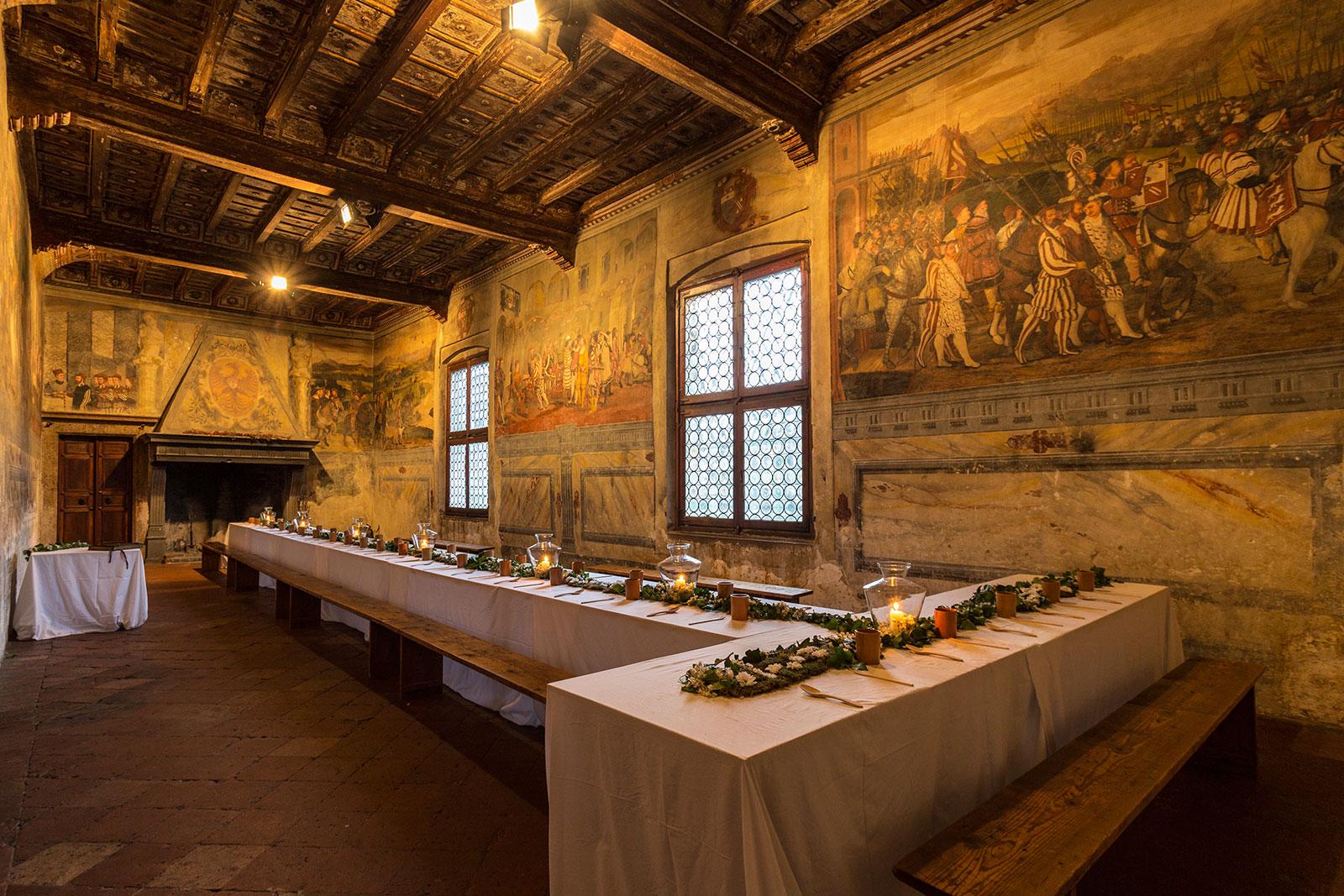 Medieval dinner castello di malpaga for Immagini di interni di case